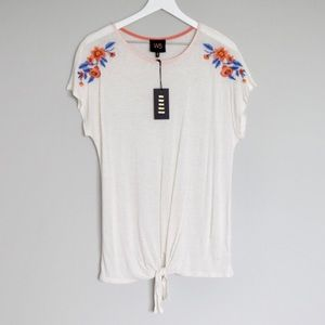 NWT W5 Tie-Front Top w/ Embroidered Flower Details